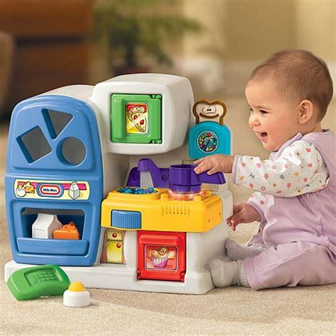buitenspeelgoed baby 1 jaar functioneel spel spel speel spelen