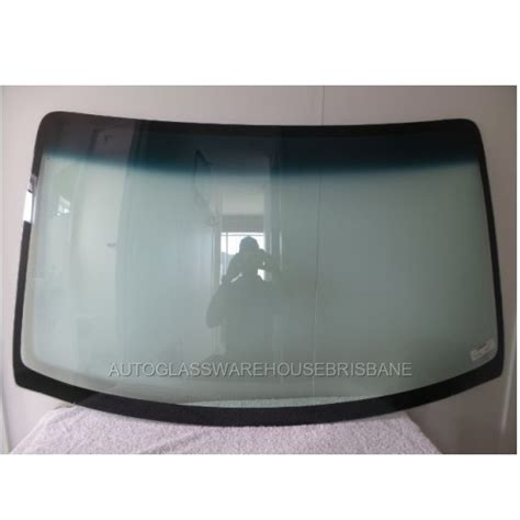 holden 4wd wagon holden cruze 4dr wagon 6 02 gt 12 06 front windscreen
