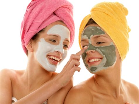 Masks For Greasy Skin by No More Shiny Summer Tips For Skin