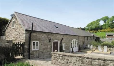top 10 friendly cottages in wales