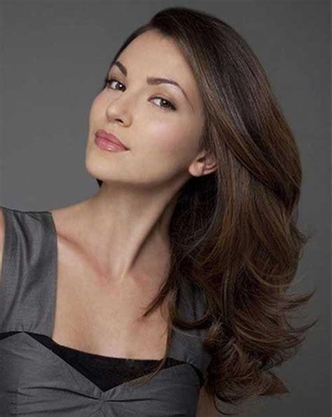 model rambut wanita oval panjang