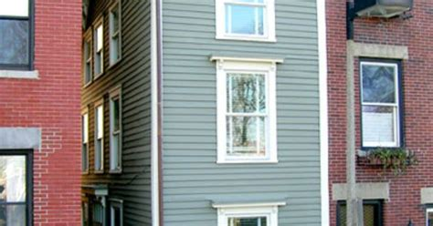 narrowest house in boston narrow escapes spite house narrow house and family feud