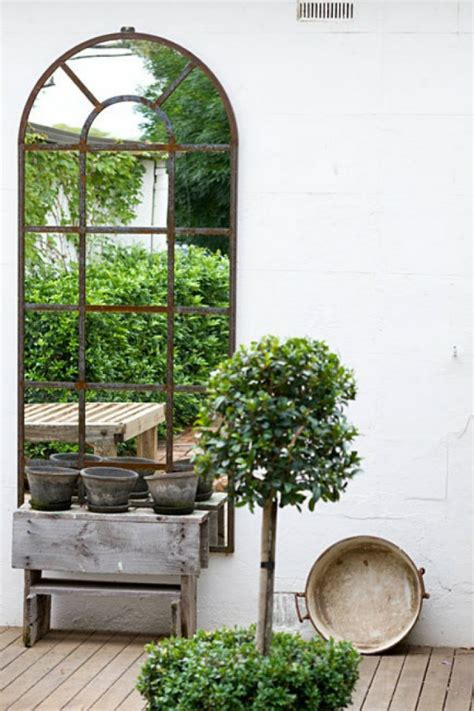 how to a small to outside how to maximise small outdoor spaces mocha casa
