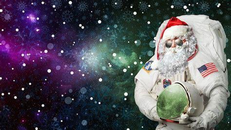 Astro Santa Wallpaper Funny Hd Wallpapers Hdwallpapers Net