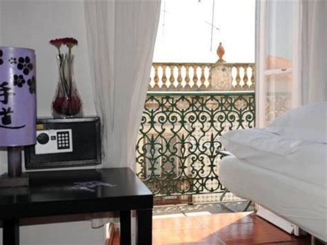 Alfama Patio Hostel Lisbon by Alfama Patio Hostel In Lisbon Room Deals Photos Reviews