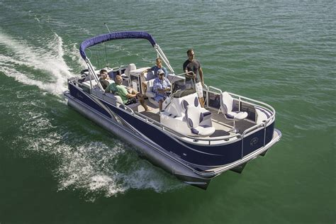 pontoon boats that expand 2017 avalon pontoon boat models luxury performance and