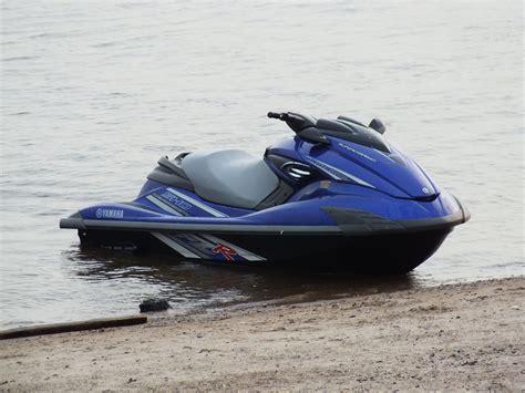 d moto moto d acqua