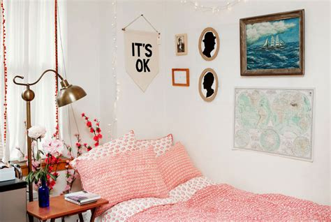 how to decorate a college room room decor decorating ideas