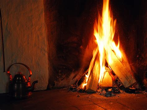screensaver camino acceso no one cares about de blasio s wood burning fireplace ban