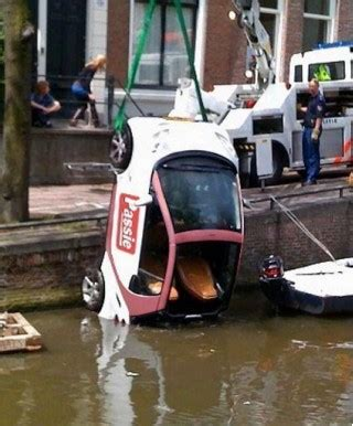 tipping smart cars is the smart car tipping craze tossing them into