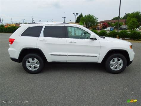 jeep laredo 2013 bright white 2013 jeep grand laredo 4x4 exterior