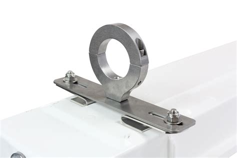 Light Fixture Mounting Hardware Larson Electronics Releases A Class 1 Division 2 Fluorescent Light Fixture With Pole Mount Brackets