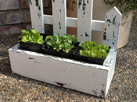 Picket Fence Planter by White Picket Fence Planter Box