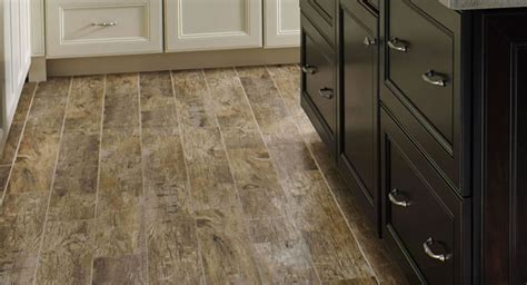 2 95sf redwood natural 6x36 wood plank hand scraped porcelain tile traditional kitchen
