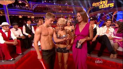 are the dances shorter this season on dwts kellie pickler and derek hough jazz dancing with the stars