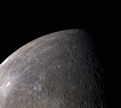 messenger reveals mercury s colors