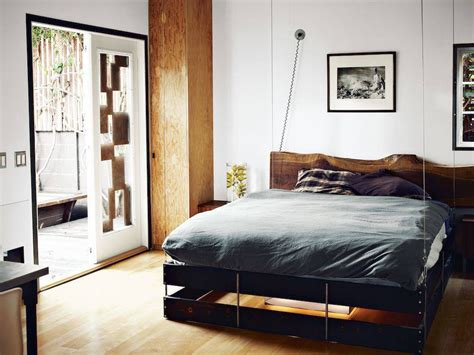 the simple tips to choose your small bedroom furniture