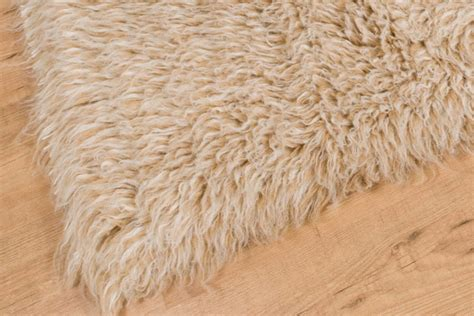 wholesale flokati rugs buy beige white mix flokati rug 2800g m2 150cm the real rug company