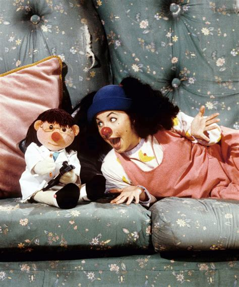 comfy couch show where is loonette from big comfy couch now instyle com