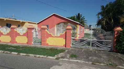 2 bedroom 2 bath house for rent st lucia real estate 2 bed 1 bath house for rent in white water meadows st