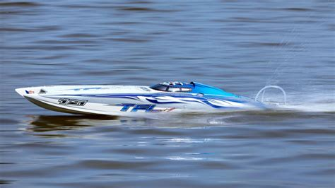 rc boats on water rc racing boats speed check on the water top toy space