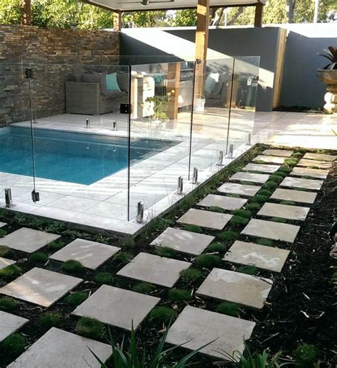 how to design a low maintenance garden and when
