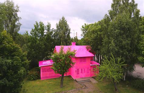 pink house olek nyc