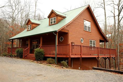 Cabins In Helen by Helen Ga Cabin Rentals Cedar Creek Cabin