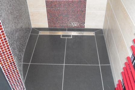 Badezimmer Zweifarbig Fliesen by Bad Ideen Badezimmer Fliesen 2012 Fliesen Fieber