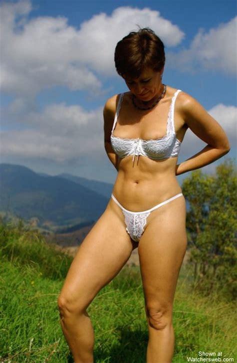 Watchersweb Amateur Milf Voyeur Amateur Milf Free Free Vanessa Jeans Strip S T