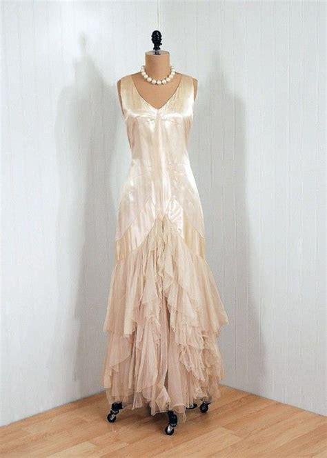 Timeless Fashion At Sielian Vintage Apparel by Beautiful The Color Wow 1920s Dress Via Timeless