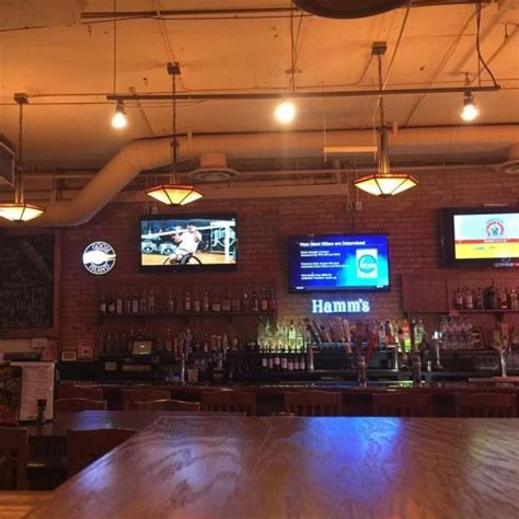 Canal Grill by Grizzly S Woodfire Grill Canal Park Restaurant Duluth