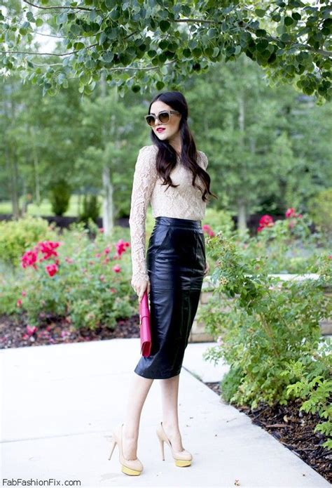 style how fashion wear the pencil skirt