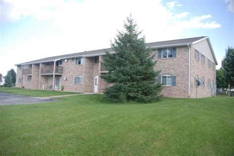 Allouez Parkway Apartments Green Bay Wi Green Bay Wi De Pere Wi Apartments For Rent