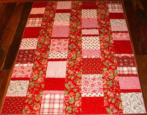 Five And Dime Quilt by Latimer Five And Dime Quilt Maison De Noel For Sale
