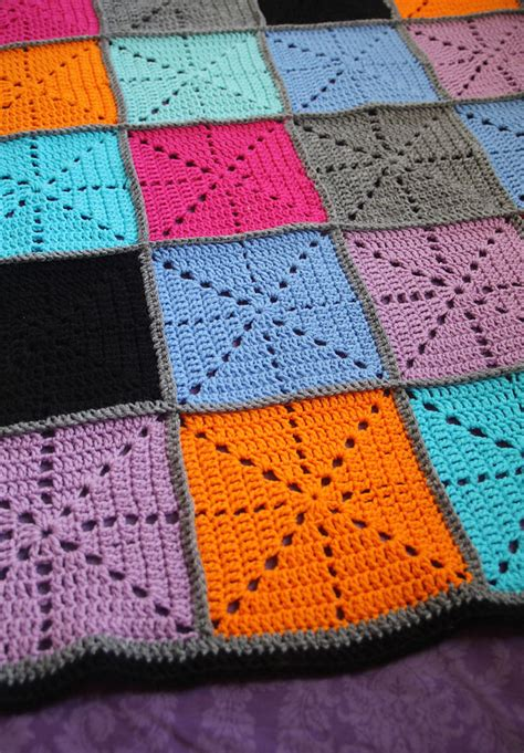 Crochet Patchwork Blanket - simple crochet filet starburst patchwork blanket
