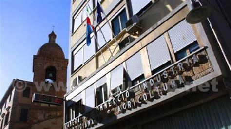 commercio grosseto di commercio grosseto oggi 171 stop alla quot santa