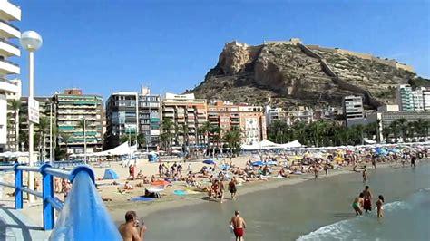 Castillo de Santa Bárbara   Playa del Postiguet (Alicante