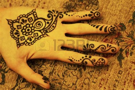 how do you make a henna tattoo diy henna tattoos trusper