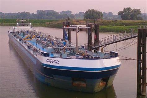 werk binnenvaart vacatures matroos in de binnenvaart mercurius shipping