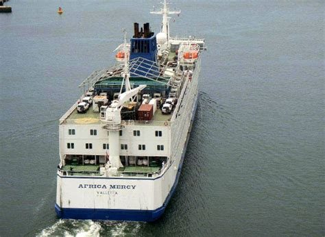 mercy boat africa the africa mercy hospital ship