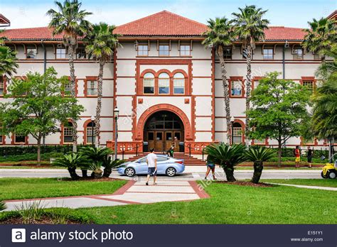 Proctor Library on the campus of Flagler College in St ... Library Flagler College