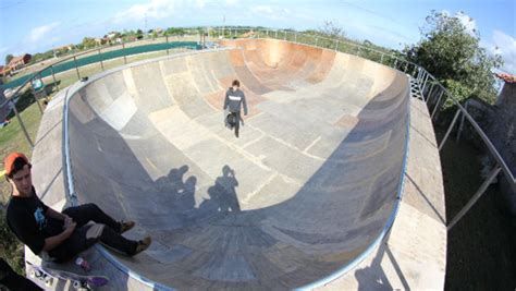 backyard skate bowl backyard bowl gijon