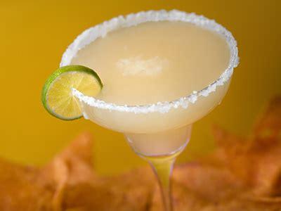 the best frozen lime margaritas recipe dishmaps