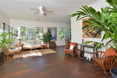 Average Square Footage Of A 3 Bedroom Apartment honolulu real estate just listed historic kaimuki