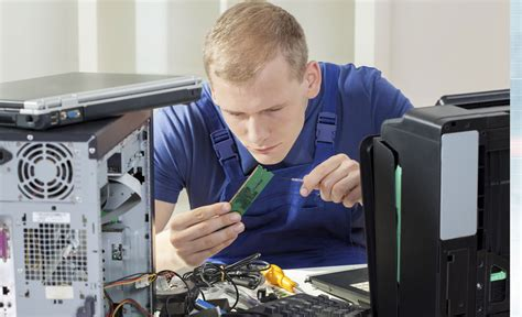 what to look for in pc laptop repair services