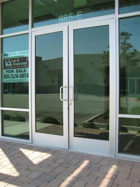 frameless glass storefront door