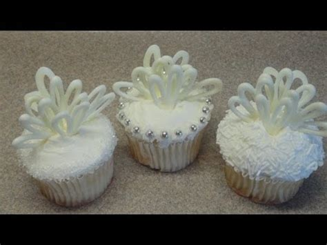 easy cupcake decorating ideas for bridal shower cupcakes decorating cupcakes 64 wedding cupcakes bridal shower cupcake