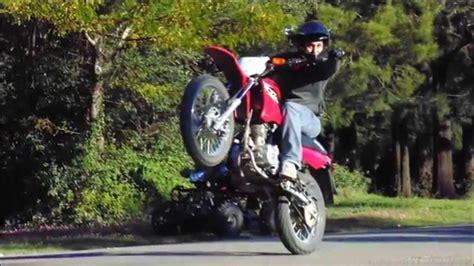 Motorrad Stunt Show Youtube by Stunts En Xr Go Pro Durazno Uruguay Youtube