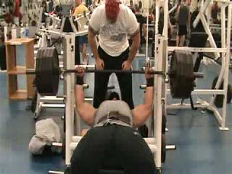 405 bench press allen baria bench press 405 lbs x 25 reps 500 lbs x 10